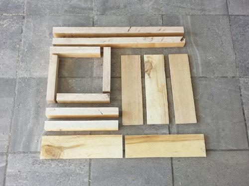 Como hacer una mesa para jugar cheapest house on the block for Silla que se hace escalera